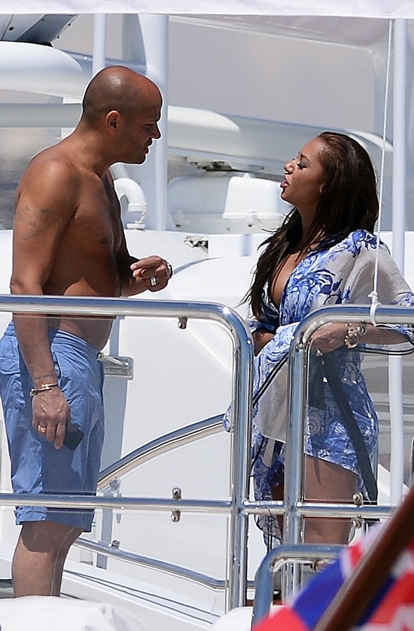 Mel B lives it up on yacht in Cannes