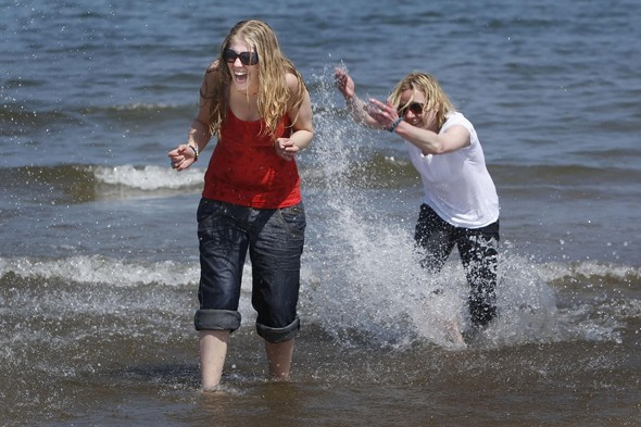 Warm weather this weekend, but only in the north and Scotland