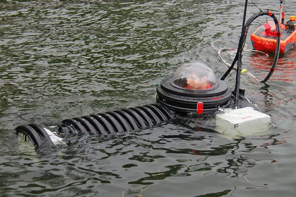 Teen builds working submarine from scap