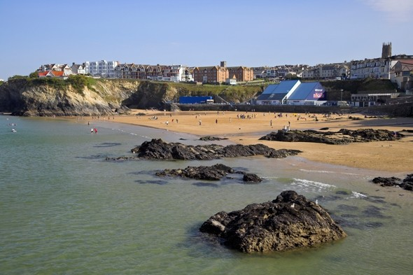 Beach snooze turns into high tide rescue for man in Cornwall