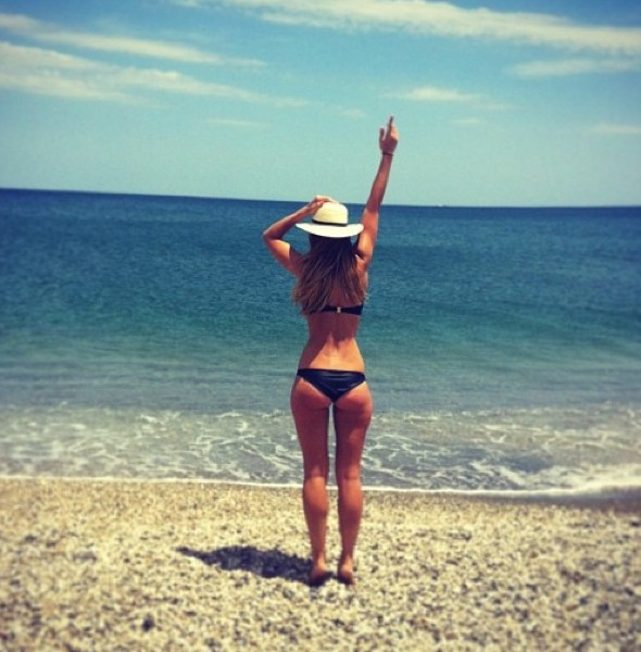 Brian McFadden's wife Vogue Williams tweets Marbella beach pics