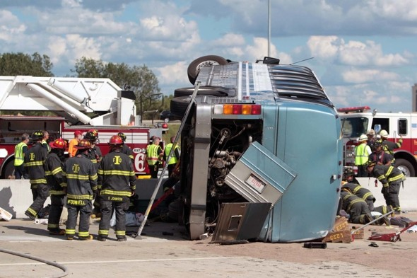 Three dead as bus crashes on way to church camp in US