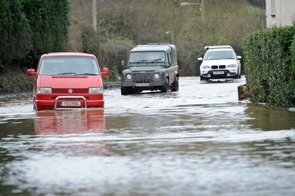 Weather warnings as heavy downpours to hit across UK