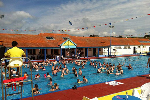 Take four outdoor swimming pools aol - Swimming pools in south yorkshire ...