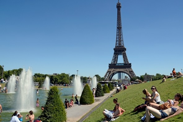 Eiffel Tower evacuated after bomb alert