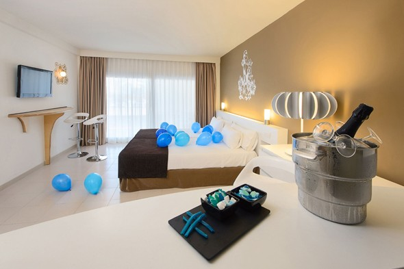 Inside the world's first Twitter-themed hotel