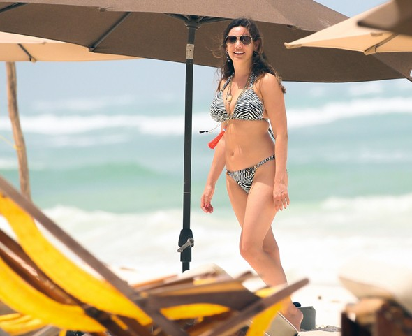 Apologise, but, Bikini destinations kelly can suggest