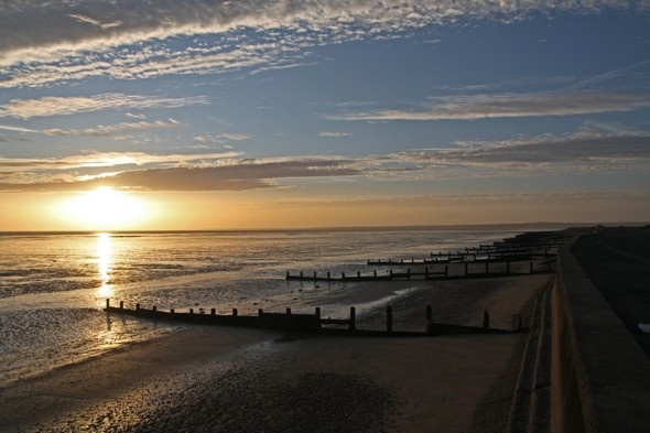 Murder investigation after man found dead on beach in Kent