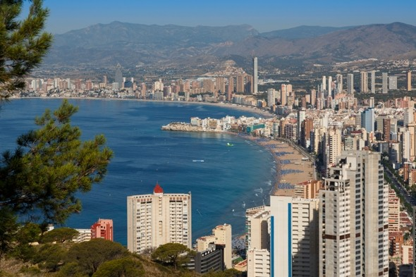 British man plunges to death from fifth floor balcony on stag do in Benidorm