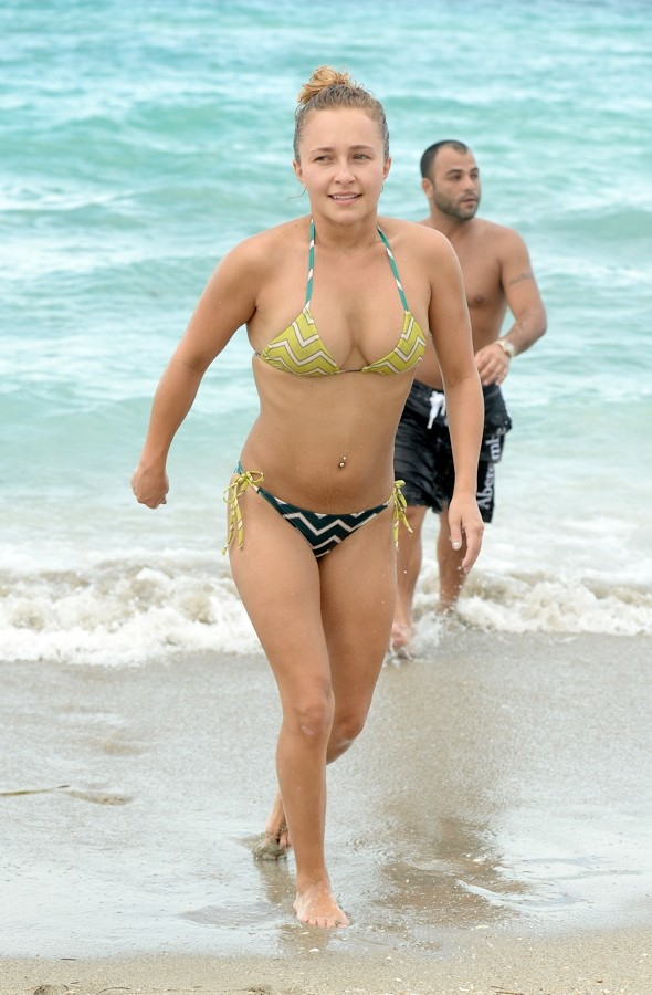 Hayden Panettiere frolics in the sea in Florida