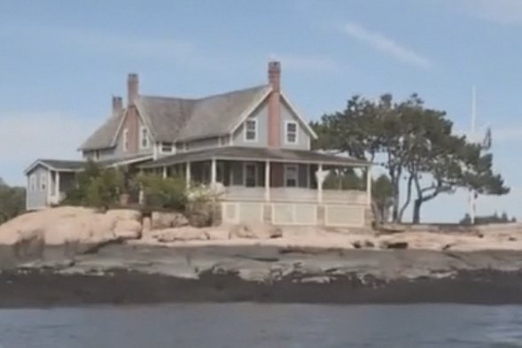 Private island for sale - complete with buried treasure
