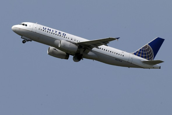 Airline mistakenly offers free flights