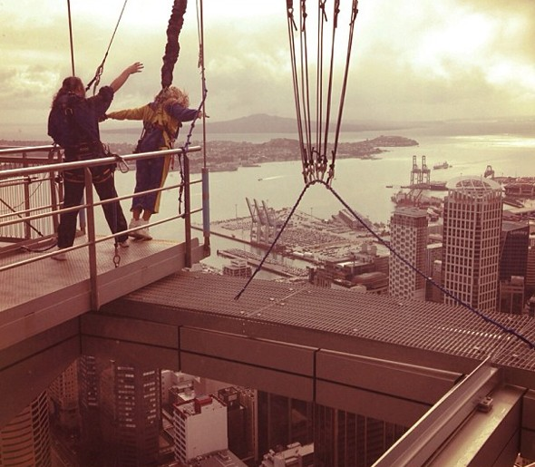 Pictures: Beyonce does freefall jump from New Zealand's Sky Tower