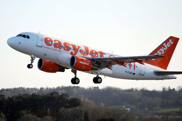 easyJet adds 10 new flight routes