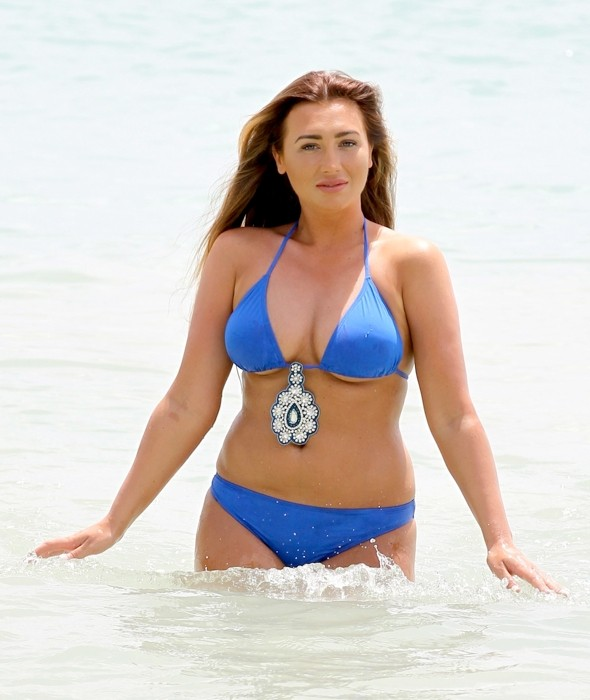 bacdce5200690 Lauren Goodger hits the beach on holiday in Tenerife with Jake McLean