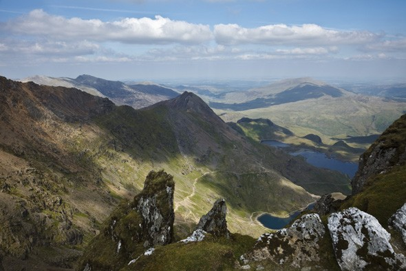 Climber seriously injured by falling rock in Snowdonia