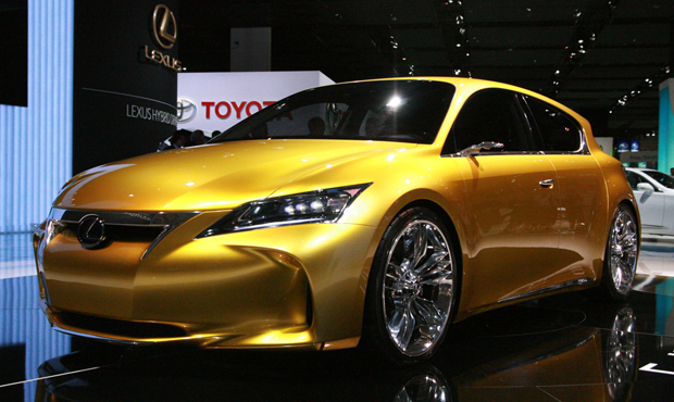 Want to see a production LF-Ch make it to American showrooms? Tell Lexus.