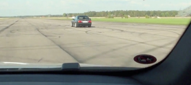 VIDEO: V10-powered E30 M3 vs. V8-powered E92 M3