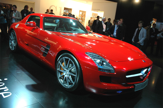 Frankfurt 2009: Mercedes Benz SLS AMG Comes dressed in red and, soon, electric
