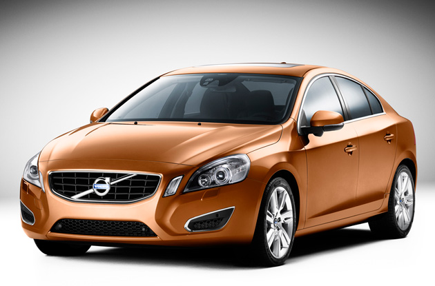 Lookin' Swede: Volvo reveals Geneva-bound 2010 S60 sedan