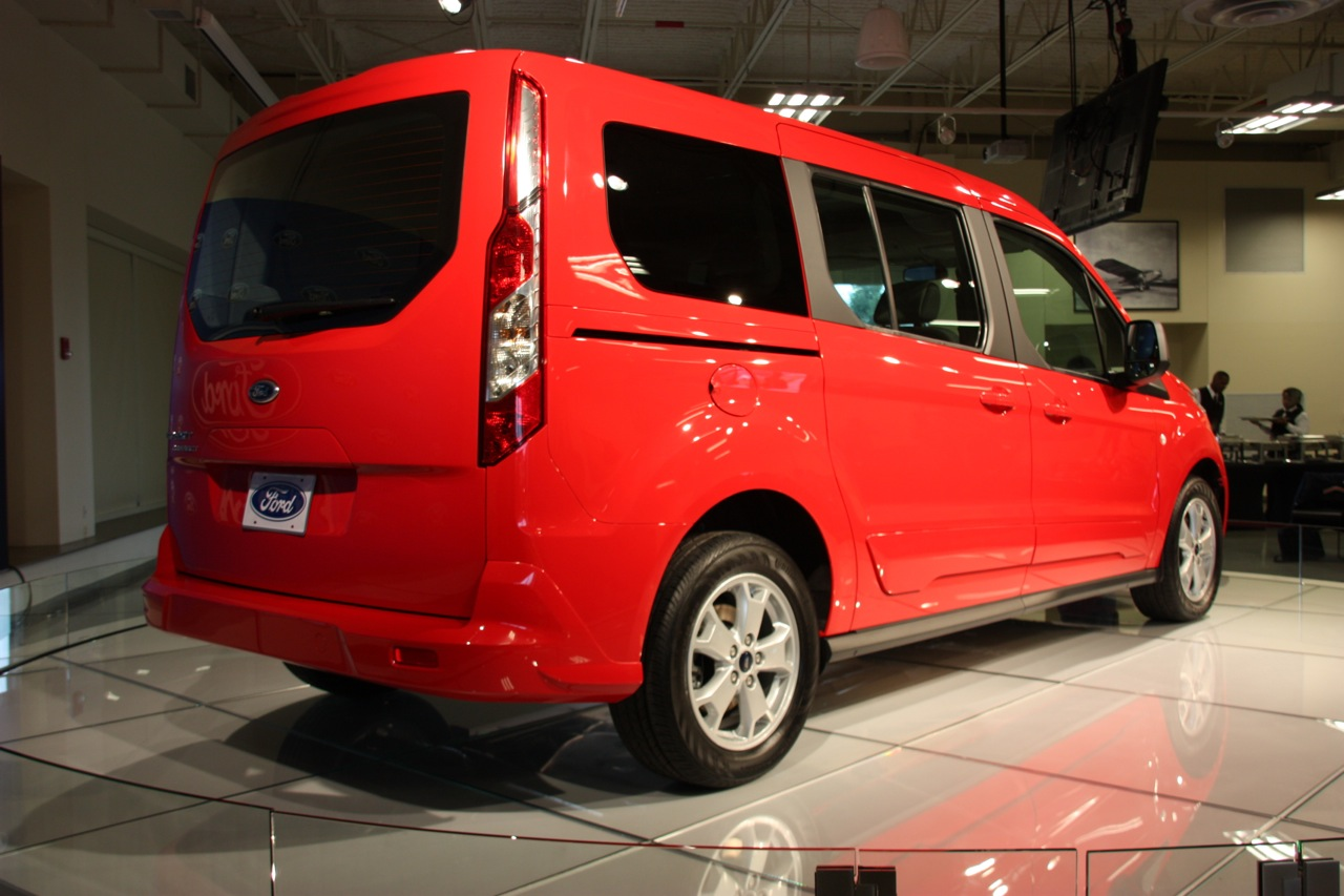2014 ford transit connect wagon live photos