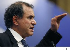 Roubini's Latest 'Dr. Doom' Prediction: More Than 400 Banks Will Fail