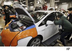 Toyota Says Unintended Acceleration Claims Have Dropped 80%