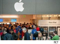 Are Apple Stores' Slow-Growth Blues Really That Blue?