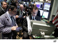 Traders on NYSE