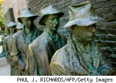 Sculptures: Unemployed workers during the Great Depression