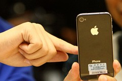 Gap Test Drives Apple's iPhone Point-of-Sale System