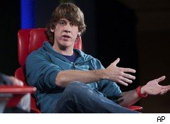 Dennis Crowley, Foursquare