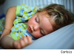 Feds announce safety standards for toddler beds