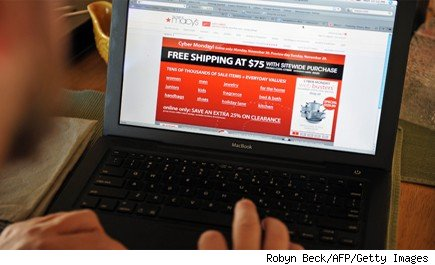Online Shopping (and Fraud) Likely to Soar This Holiday Season