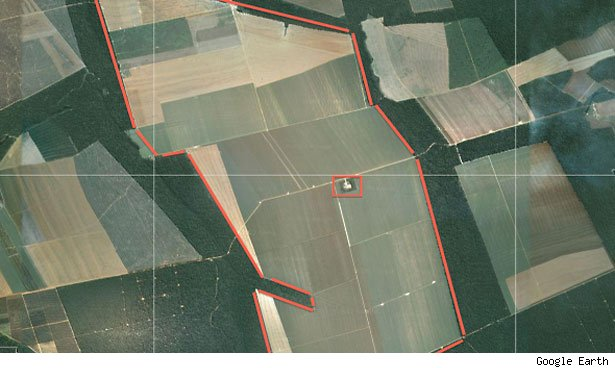 The one farmer in the middle of this plot in the Vera region controls about 8,300 acres.