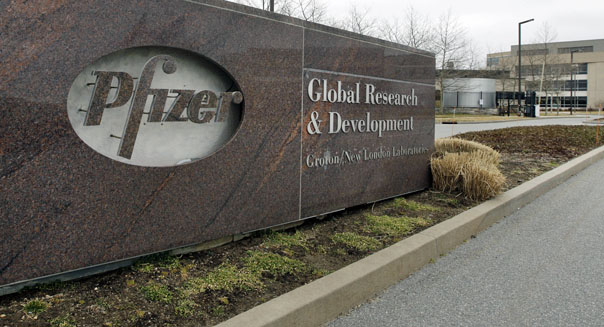 Pfizer to internally split generic, branded drug operations