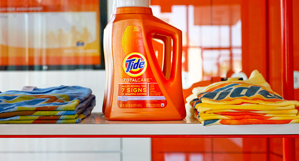 Tide cleaning products are on display at the Greenfield Tide dry cleaners Monday, Aug. 30, 2010, in Leawood, KS. Bloomberg News/Ed Zurga