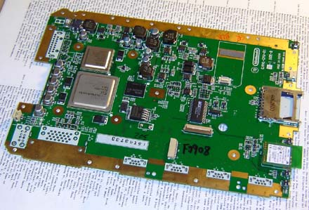 how to make a wii laptop part  here is the wii motherboard all the large items removed take a look at this picture and think to yourself 500 on