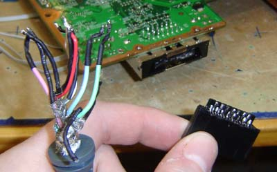 av3_engadget_howto how to make an xbox 360 laptop part 3 xbox 360 fan wiring diagram at aneh.co