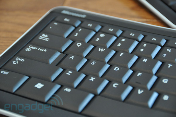 microsoft bluetooth mobile keyboard 6000 manual