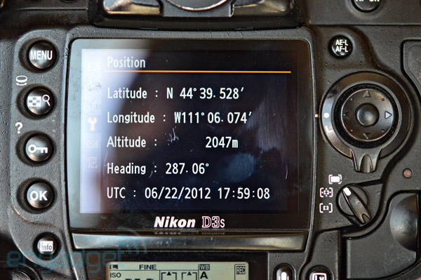 Solmeta N3 geotagging module for Nikon DSLR review fast GPS locks, minimal battery drain