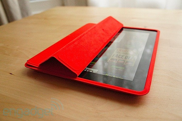 DNP iPad's Smart Case handson