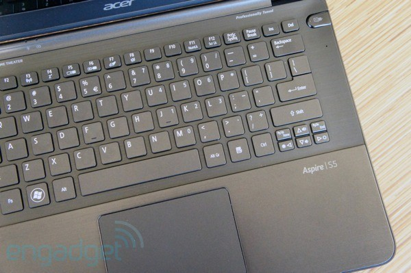 Acer Aspire S5 review is an innovative Ultrabook design worth $1,400