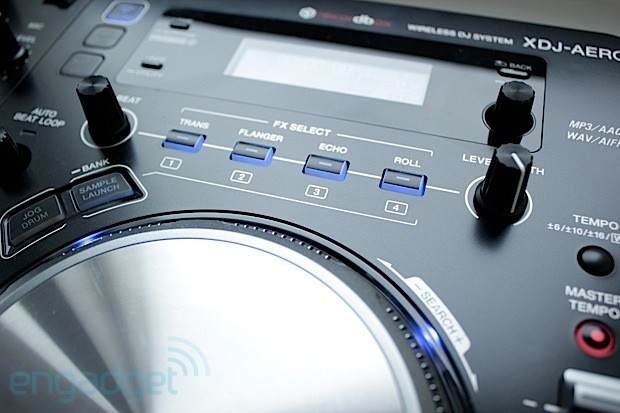 Pioneer XDJAero review a DJ controller that loves music, hates wires