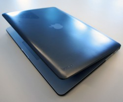 IRL Incipio Feather case for the Retina MBP