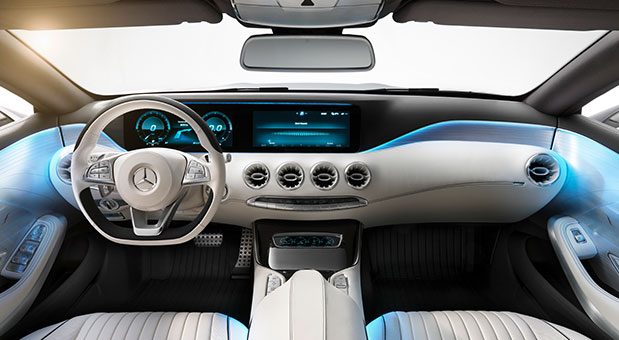 Garmin demos futuristic satnav display inside Mercedes SClass concept