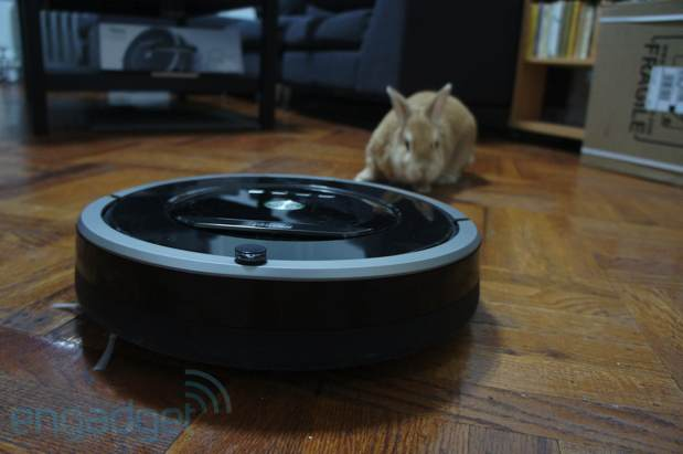 Roomba drops the bristles for 880 model, AeroForce system promises to suck more handson