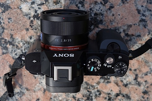 Sony Alpha 7 and Zeiss 35mm f/2.8 lens