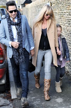 Kate Moss with Jamie Hince and daughter