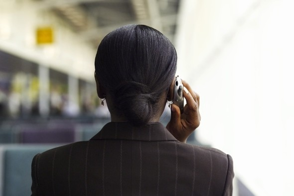 woman-talking-on-mobile-phone-brain-cancer